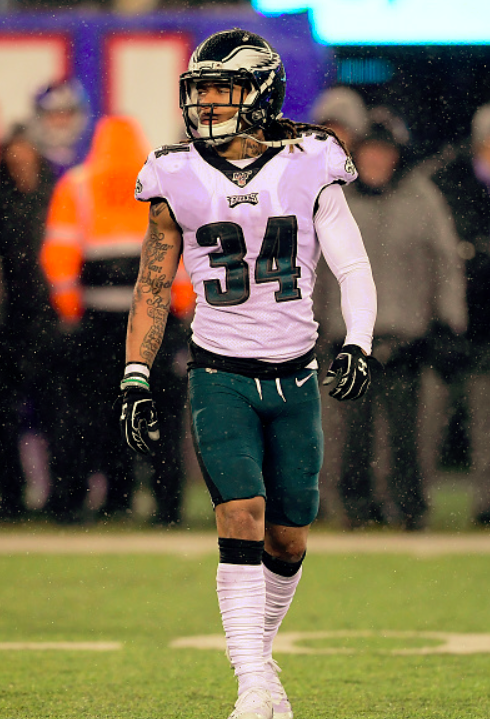 Cre'Von LeBlanc with 8 TKLs and 2 PBU's to Help Eagles Clinch NFC East
